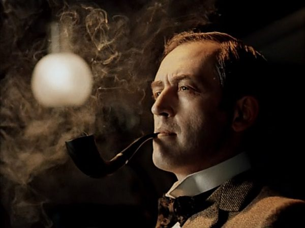 Актер Леванов в образе Шерлока Хомса